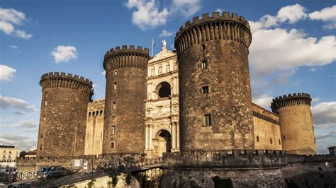 maschio angioino interno pictures of naples photo gallery and of naples