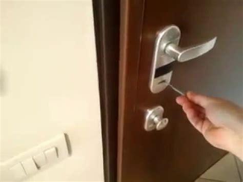 come si apre una porta senza chiave chiavistello bulgaro apre le porte doovi