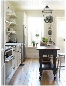 Kitchen Island Decor Ideas by Primitive Colonial Decorating Farmhouse Kitchen Island
