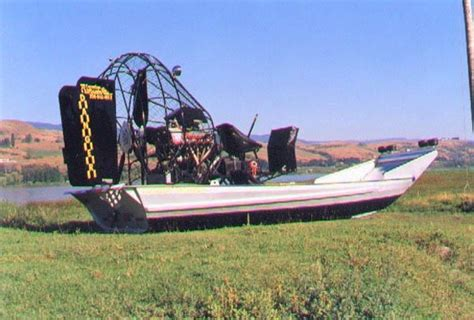 airboat canada 4 photos canadian airboats