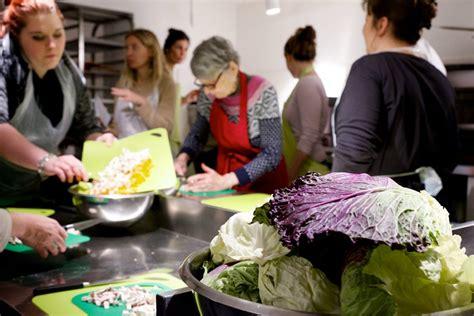 atelier cuisine tours ateliers cuisine 1 2 3 veggie 224 chambray pr 232 s de tours