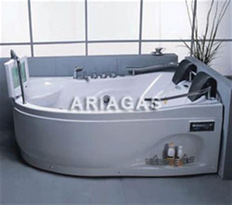 vasca idromassaggio con tv vasche idromassaggio vasca idromassaggio con tv vasca