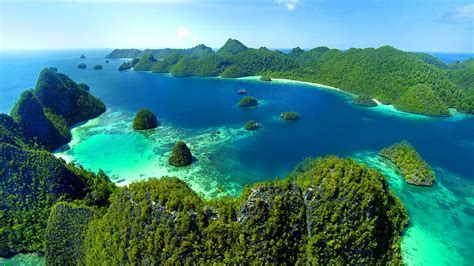 This is Raja Ampat   Papua Indonesia (HD)   YouTube
