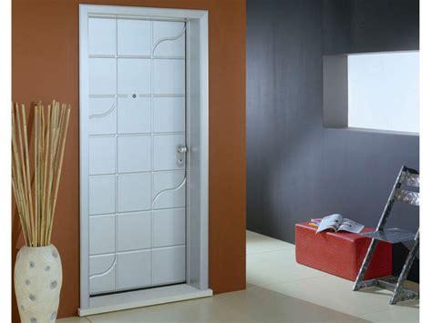 rivestimenti per porte blindate prezzi pannello di rivestimento per porte blindate dibi design