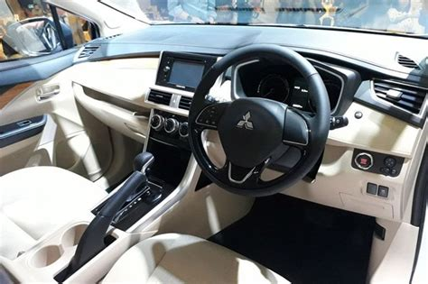 expander mitsubishi warna hitam ภาพรถค นจร ง mitsubishi xpander minimpv 7 ท น ง เบนซ น