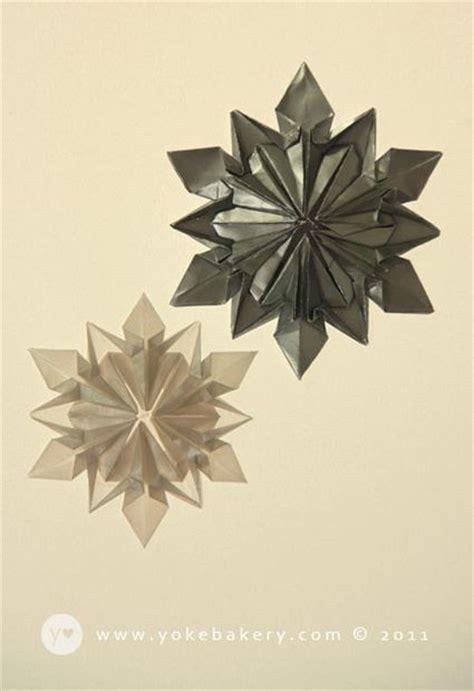 Origami Paper Snowflakes - origami snowflake