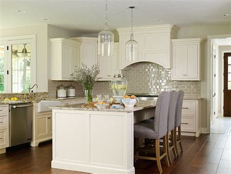 benjamin ivory white kitchen cabinets 25 best ivory kitchen cabinets ideas on ivory