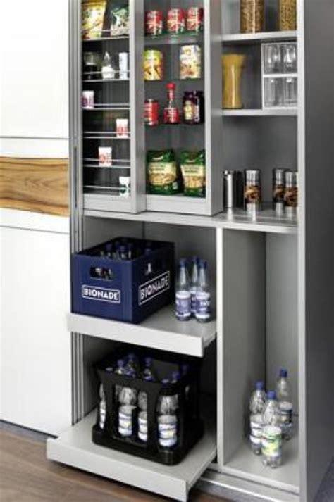 armarios y estanterias para baños decoraciones de sala comedor rojo con chocolate