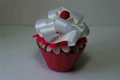 Cupcake Gift Card Holder - cupcake shaped cupcake holder fox run 6973 cupcake carousel plastic 24 cups pink