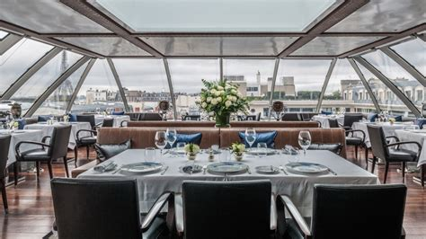restaurant le w terrasse l oiseau blanc the peninsula restaurant avec vue