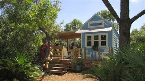 house hunting websites about tiny house hunting fyi network