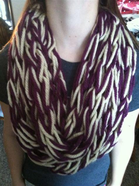 Diy Arm Knitting Infinity Scarf Arm Knitting Scarf Crafts