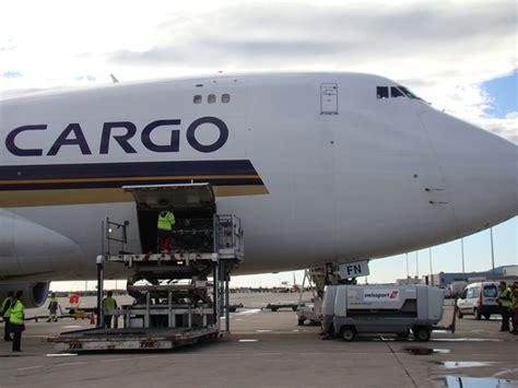 air freight air shipping air cargo  nigeria  usa  uk
