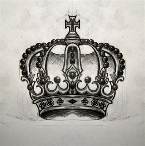 tattoo corona 25 best crown drawing ideas on