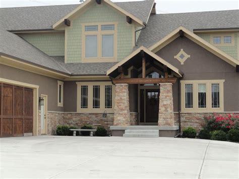 shingle sided houses i like the combined use of stucco and siding home projects pinterest shingle siding my