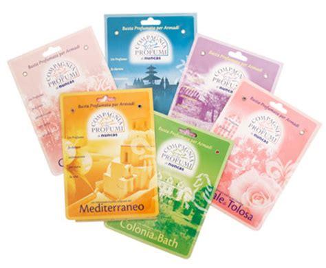come eliminare tarme armadio come combattere i cattivi odori e le tarme nell armadio