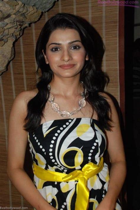 tattoo name prachi pin in prachi desai upon model cachedgorgeous actress and