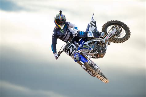 ama motocross gear it s official chad reed and factory yamaha moto related