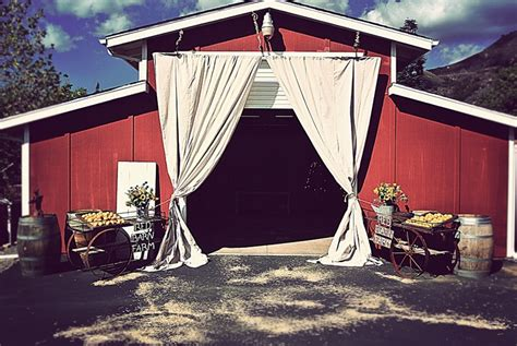 best rustic wedding venues california the 10 best rustic wedding venues in california rustic wedding chic