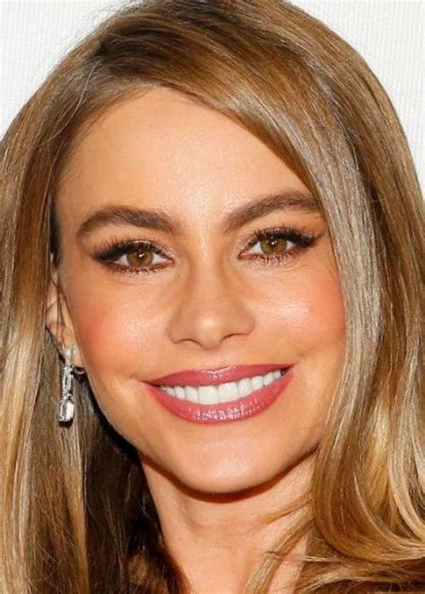 best haircolor combinations for woman with hazel eyes 20 best celebrity makeup ideas for hazel eyes