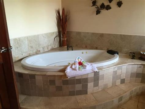 tub picture of jaguar reef lodge spa