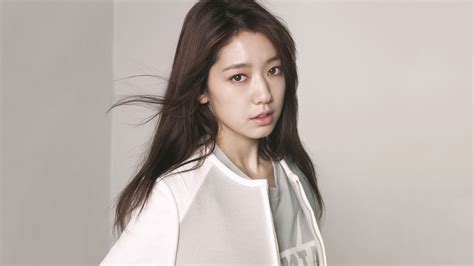 Park Shin Hye Wallpaper