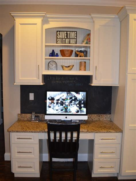 kitchen desk ideas 25 best ideas about kitchen desks on kitchen