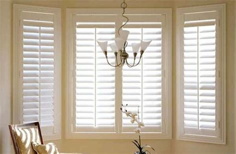 best way to clean house windows the best way to clean all the blinds in your house