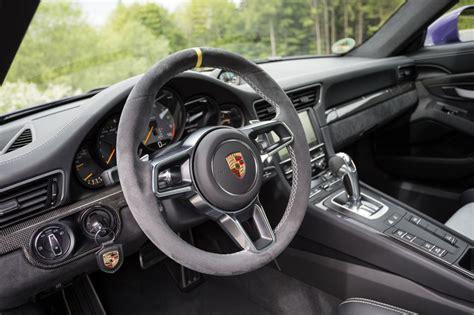 Porsche Gt3 Rs Interior by Porsche 911 Gt3 Rs Review Pictures Auto Express