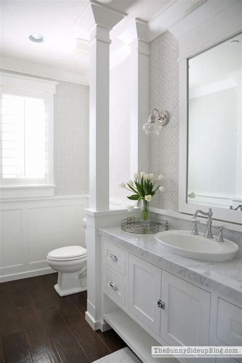 white bathrooms ideas 25 best ideas about white bathroom cabinets on