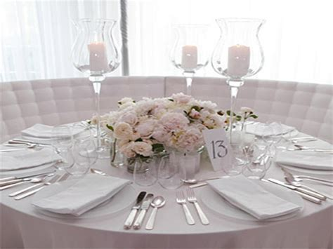 Table decoration pictures, wedding centerpieces on a