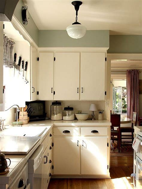 cozy kitchen ideas best 25 cozy kitchen ideas on bohemian kitchen cozy house and portland apartment
