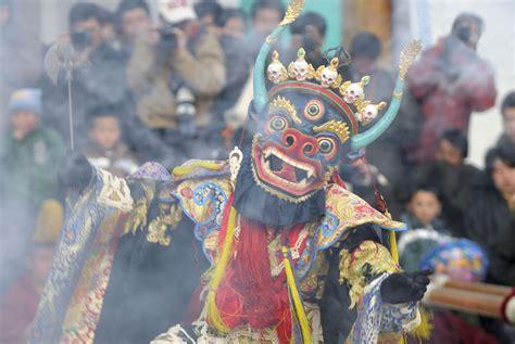 celebrating losar the tibetan buddhist new year
