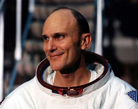 Ken Mattingly Astronaut by The 25 Best Ken Mattingly Ideas On Apollo 13