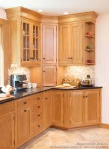 Kitchens Cabinet Designs Shaker Kitchen Cabinets Door Styles Designs And Pictures
