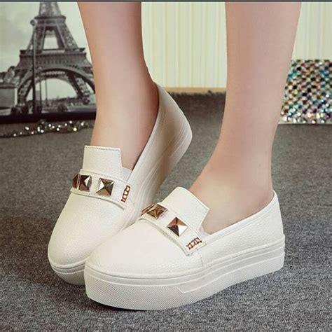 Sepatu Kets Wd Polos Hitam jual sepatu kets wanita permata studed putih dan hitam grosir sepatu murah di lapak enggar