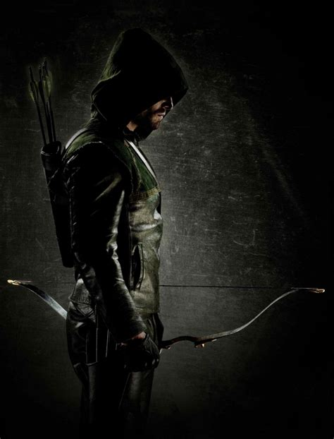 The CW's New Green Arrow Looks Like This!!