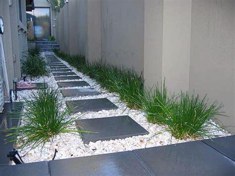 wonderful landscaping ideas  white pebbles  stones
