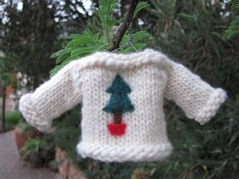 knitting pattern miniature sweater ornament christmas sweater jersey knitted ornament pattern