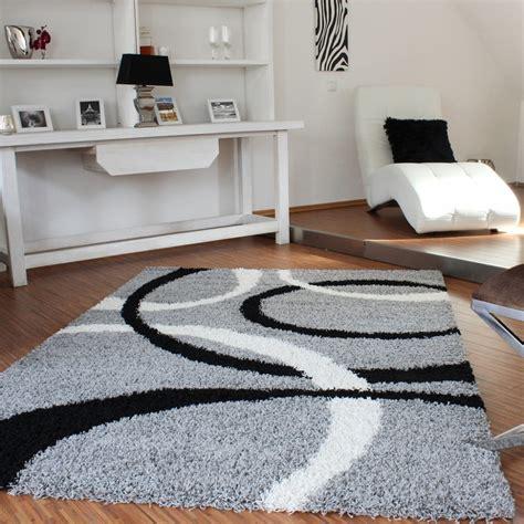 teppiche grau schwarz teppich hochflor shaggy linien muster grau schwarz weiss
