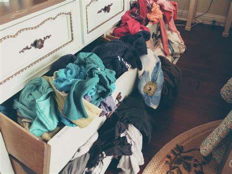guardar ropa en el trastero 10 consejos para guardar la ropa en perfecto estado