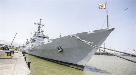 un barco que zarpa del callao segundo barco con ayuda humanitaria zarpa con rumbo a