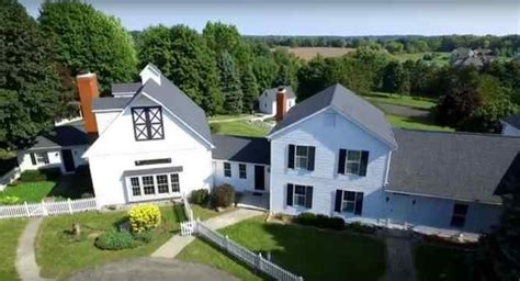 kid rock house kid rock s childhood home for sale for 1 3 million