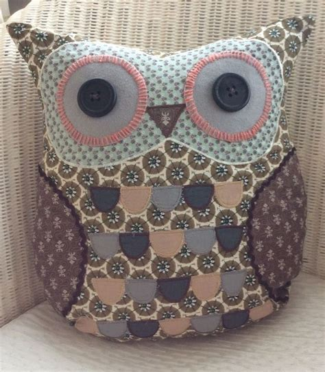 Patchwork Owl Cushion Pattern - best 25 owl cushion ideas on