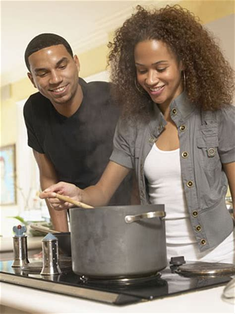 Black Cooking In The Kitchen by The Top 6 Reasons Real Don T Cook Diaspora