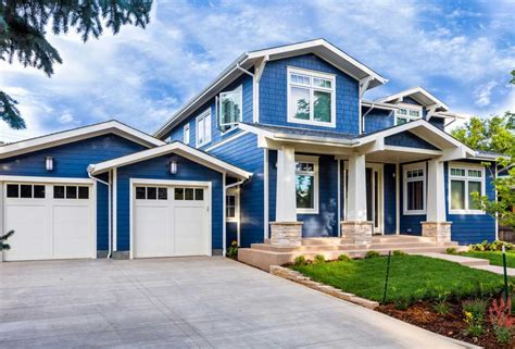 house paint colors exterior white and blue stonerockery