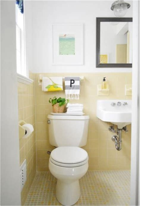 yellow tile bathroom ideas best 25 yellow tile bathrooms ideas on pinterest yellow