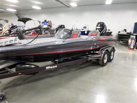 pontoon boats for sale in ludington mi fishing boat new and used boats for sale in michigan