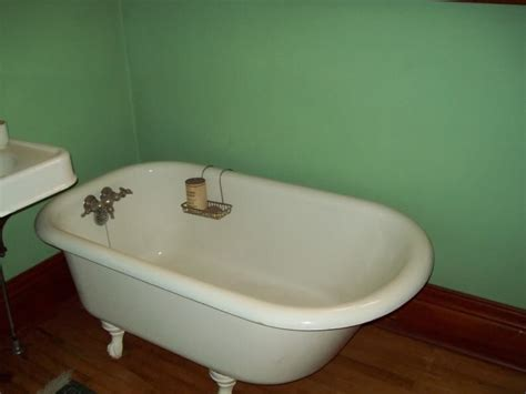 Tiny Bathtubs by Tips To Install The Best Small Bathtubs Bath Decors
