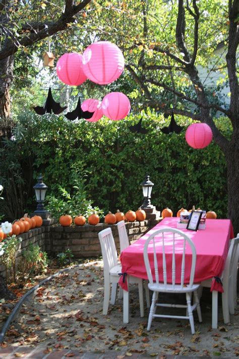 ideas for backyard party 28 awesome outdoor halloween party ideas digsdigs
